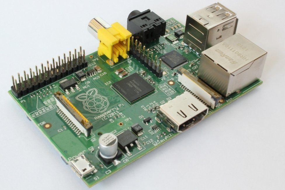 Более ранние версии Raspberry Pi представляли более простой продукт