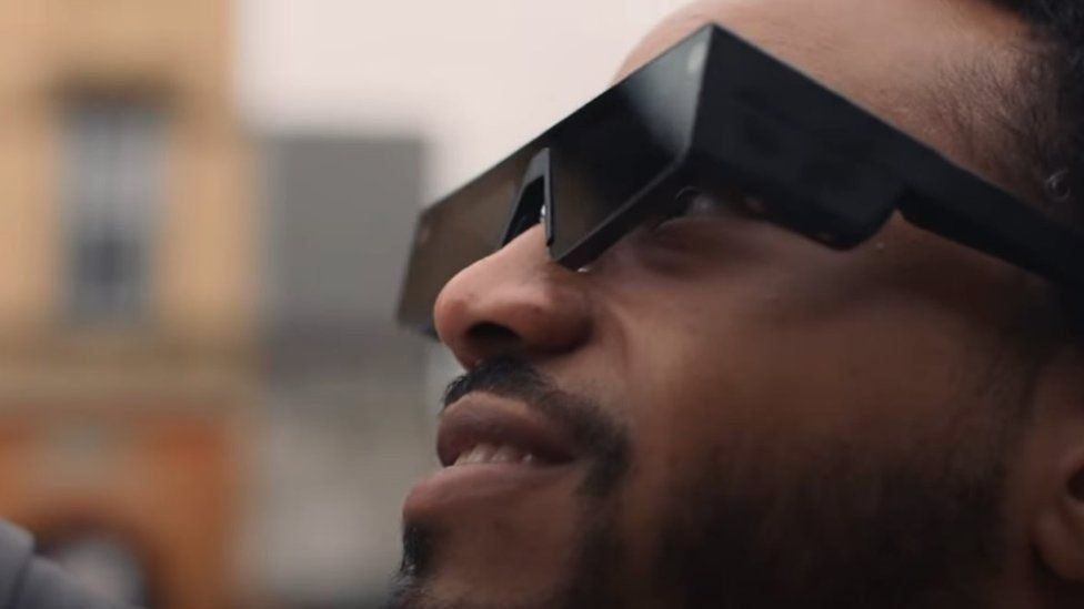 The latest Spectacles include an array of tech for displaying augmented reality