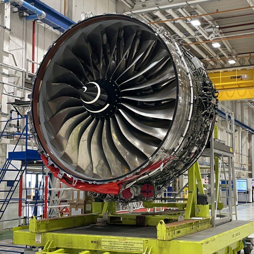 двигателей Rolls Royce