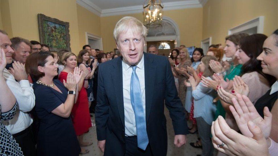 Консерваторов критиковали за рассылку нежелательных писем в первые дни после того, как Борис Джонсон стал премьер-министром.