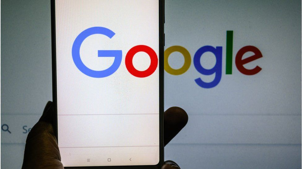 После ответной реакции Google заявила, что исправила результат поиска