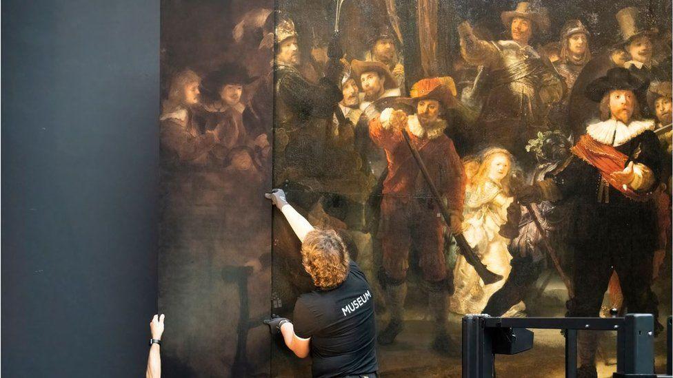 Новые стороны отображаются рядом с оригинальной обрезанной картиной.