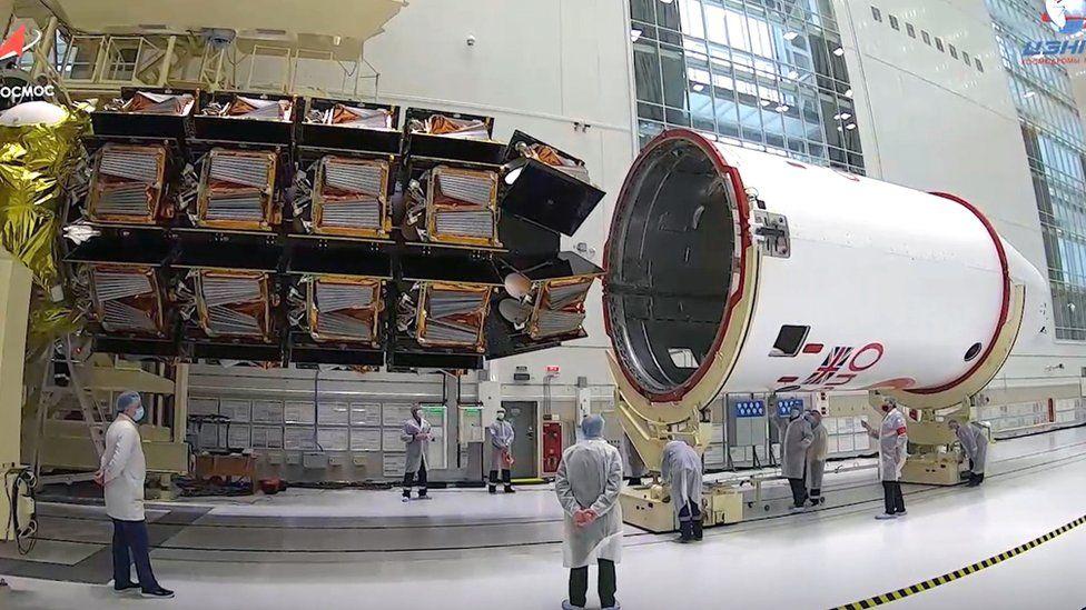 OneWeb: запуск группировки спутников на низкой околоземной орбите - дорогое дело