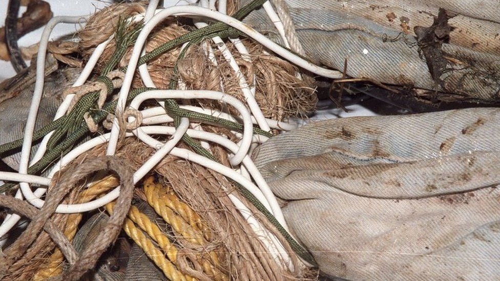 Six different types of rope had been used