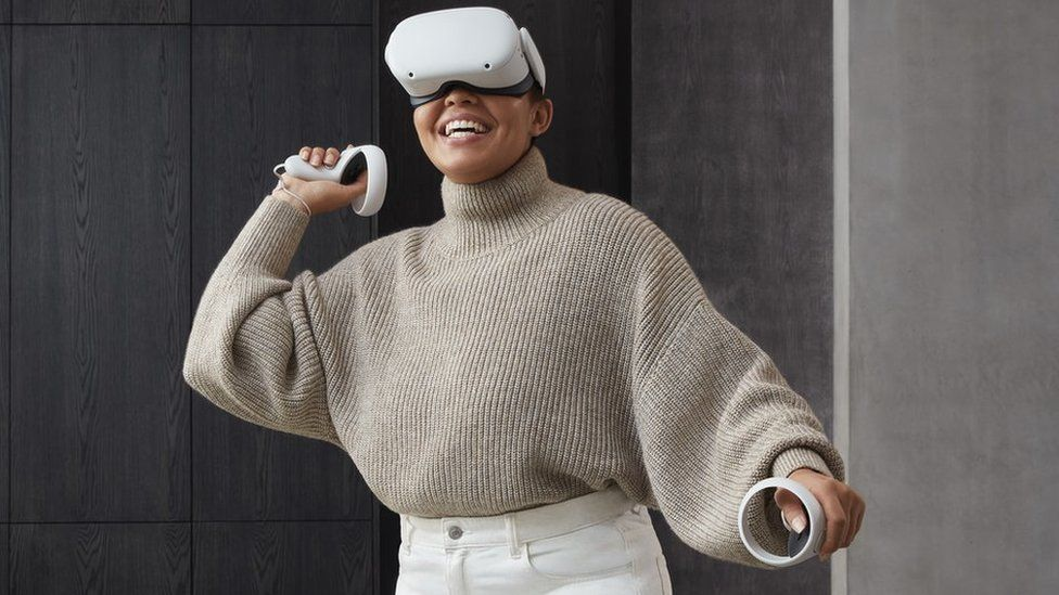Faebook's Oculus Quest 2 VR headset