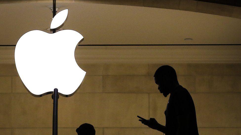 Компания Apple ответила критикам своих новых мер по борьбе с насилием над детьми