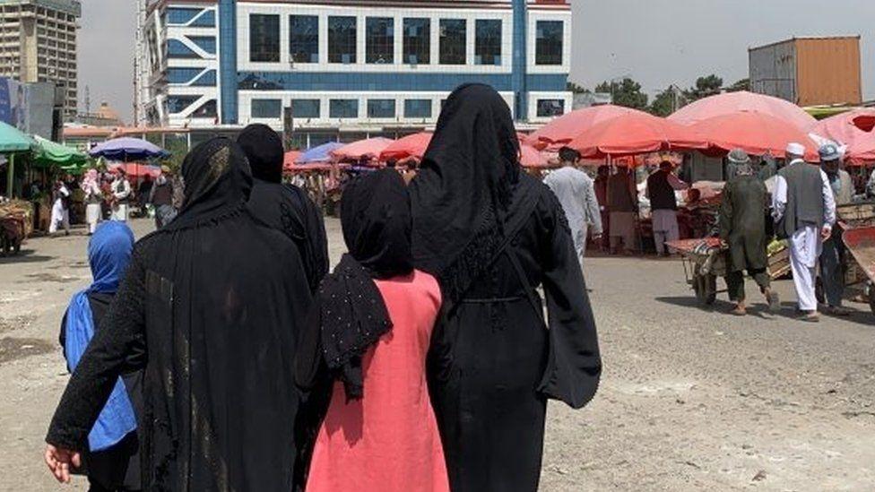 Есть опасения, что противников талибов в Афганистане могут выследить с помощью платформ социальных сетей