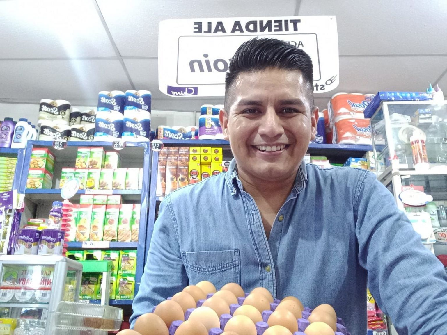 Shopkeeper Ed Hernandez says his store is likely to turn over $1000 USD each week in bitcoin payments