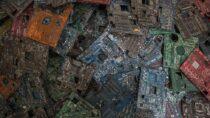 Биткойн-майнинг производит тонны отходов