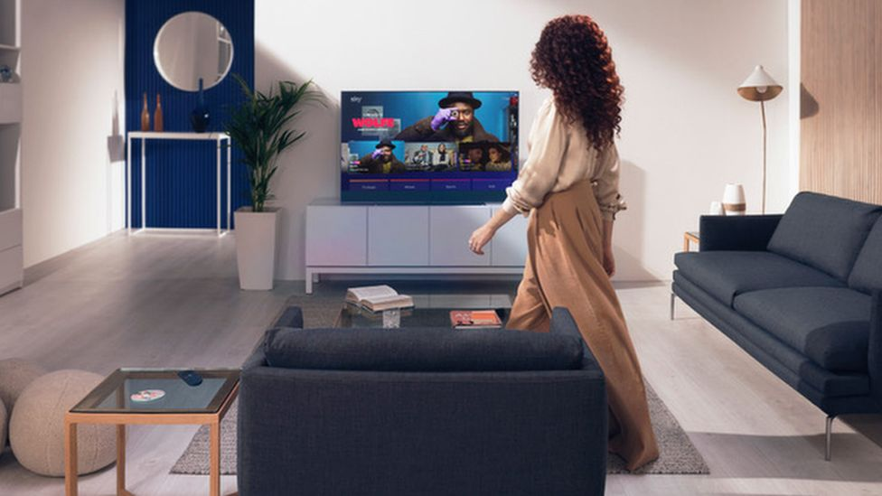 Image caption, Sky is hoping the lack of wires and external boxes will appeal to users