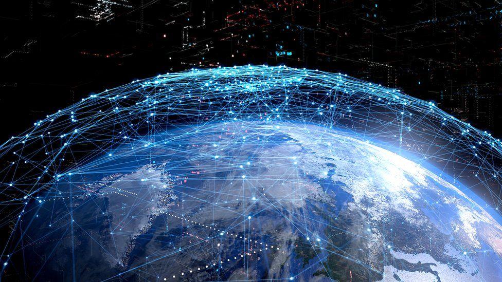 Эксперты говорят, что интернет-сервисы стали слишком централизованными